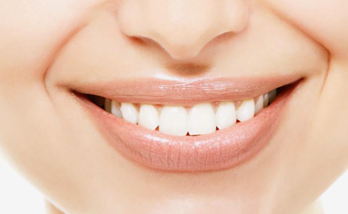 Get the best smile with high quality teeth whitening products